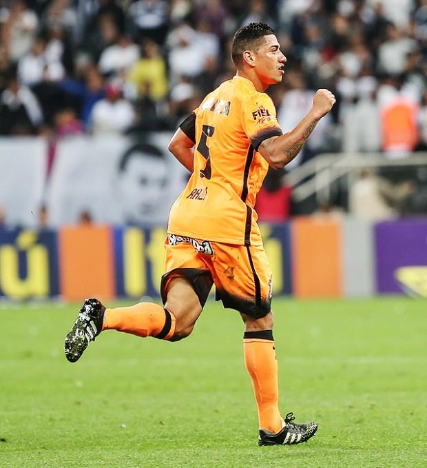 Ralf em jogo do Corinthians na temporada (Julia Chequer - 2.set.2015/Folhapress